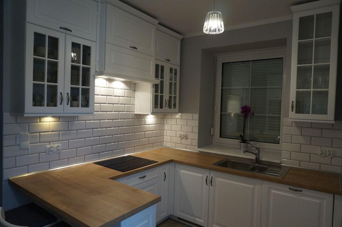 Kuchnia urządzona w stylu skandynawskim FILMAR meble -> Kuchnia W Bloku W Stylu Skandynawskim